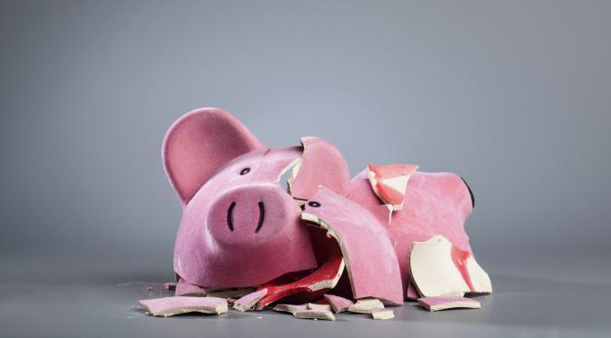 088428000_1445304735-broken-piggy-bank